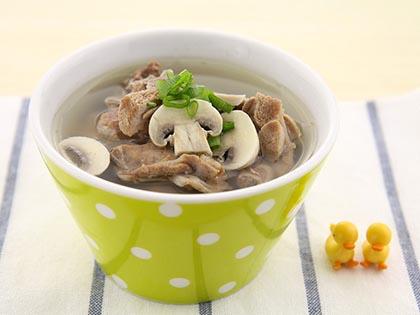 口蘑嫩鸭汤