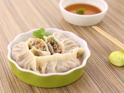 香菇牛肉芹菜水饺