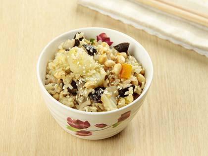 香蔬黄豆饭