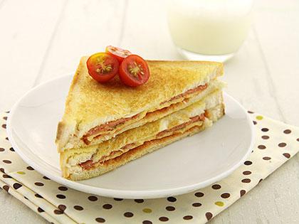 烤芝士火腿三明治