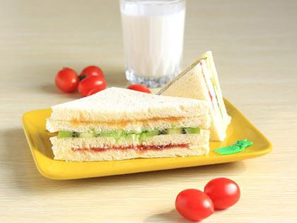 迷你水果三明治