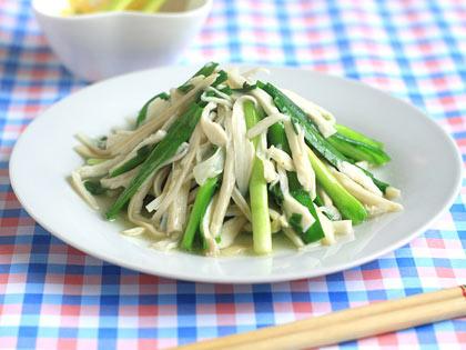 杏鲍菇炒韭菜
