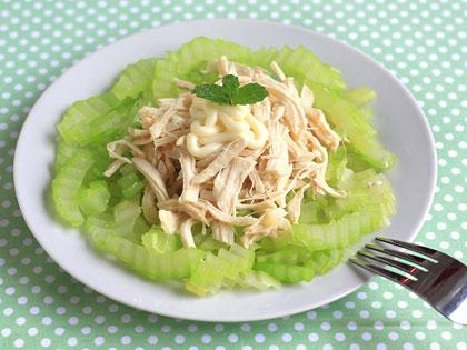 鸡丝芹菜沙拉