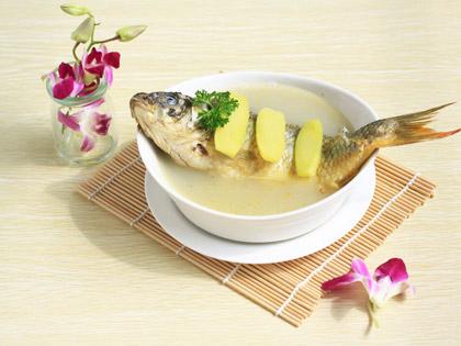 生姜滚鱼汤