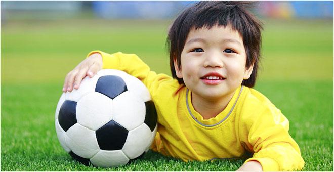 萌娃足球秀 助力世界杯